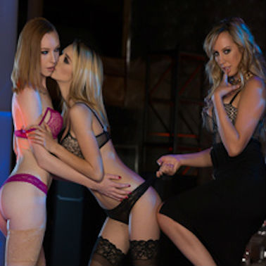 Brett Rossi Shows Them How It's Done
